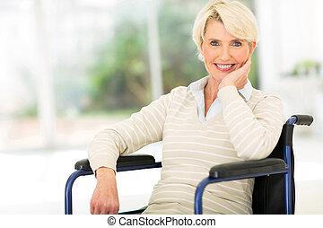 handikappad, senior woman