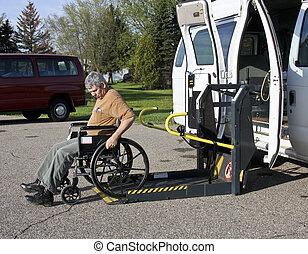 handikappat, rullstol lyft