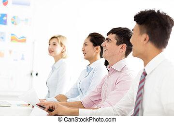 handlowiec, z, koledzy, w, spotkanie pokój