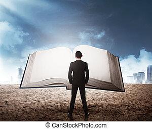 handlowy, cielna, młody, książka, czytanie, człowiek