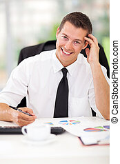handlowy wykonawca, posiedzenie w biurze