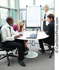 handlowy zaludniają, pracujący razem, w, niejaki, prezentacja