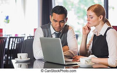 handlowy zaprzęg, pracujący razem, w, niejaki, kawiarnia