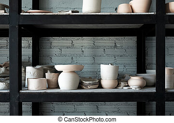 Handmade ceramic dishes. The process of creation