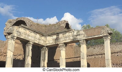 Handrian's Villa, Rome, doric pillars in archeological site...