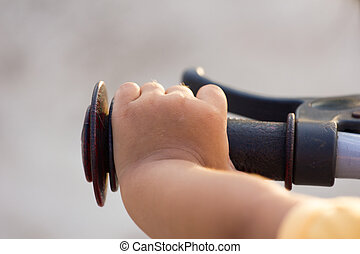 hand's, menininha, e, bicicleta, handlebar
