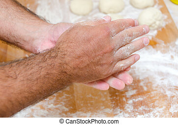 hands of the cook