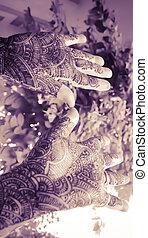 hands with mehandi - vintage look - designing mehandi on...