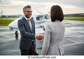 handshaking, in, flygplats