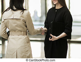 handslag, av, den, företag, chef, och, den, klient, in, den, påtryckningsgrupp, av, den, nymodig, kontor