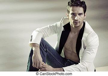 Handsome man wearing stylish jacket