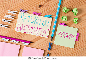 Handwriting text writing Return On Investment. Concept ...