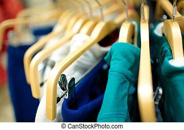 hangers, in, de, kleding, store.