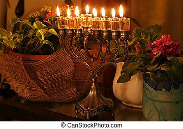 hanukkah, zevenarmige kandelaar