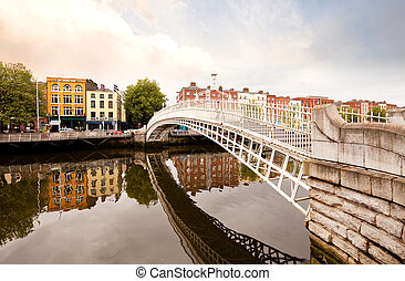 Hapenny Bridge, Dublin Ireland - A famous toursit attraction...