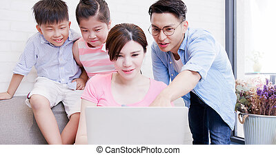 happily family use notebook