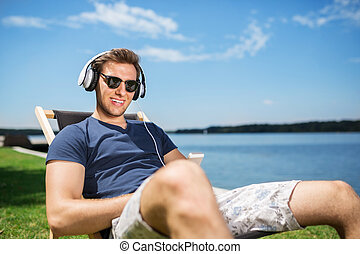 Happiness is listening to the music