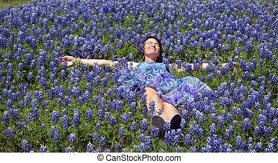 Happy Blue Bonnet Nap