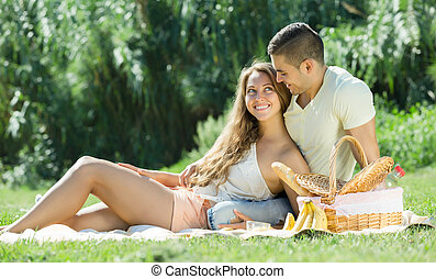 Happy   couple   at picnic