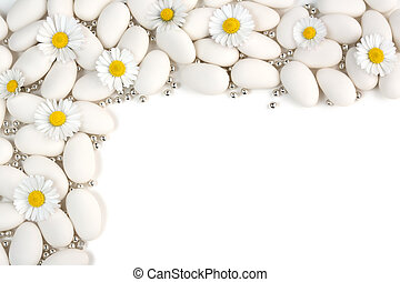 happy day - white dragees with silver spheres and daisies on...