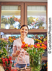Happy floral designer