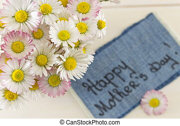 Happy mothers day note with flowers