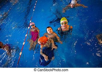.happy, nadadores
