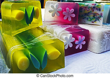 Happy natural soaps for children 6