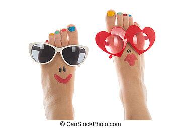 Happy summer feet - Happy and funny caucasian summer feet ...
