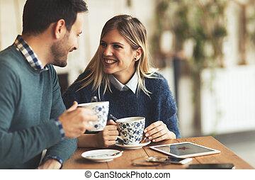koffieshop dating Hoe om te vertellen als je dating iemand die bipolaire