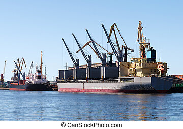 A dry cargo ship in a port