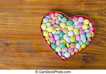 hart formeerde doos, met, kleine, chocolade, gelul