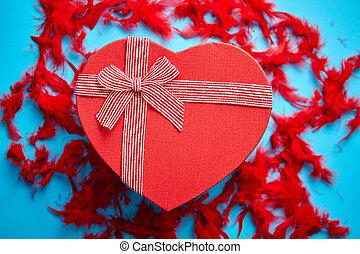 hart, rood, blauwe , rood, veertjes, doosje, geplaatste, gevormd, achtergrond, cadeau