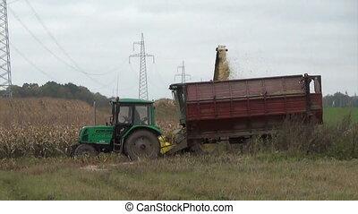 harvester grain maize