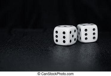 hasardspel, tärningar