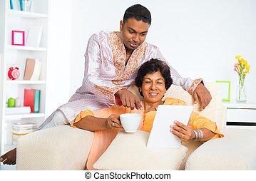 használ, indiai, számítógép, család, tabletta