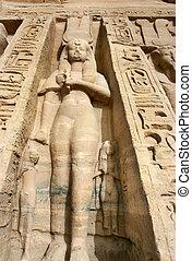 hathor, godin, nefertari, standbeelden, 589