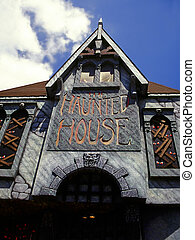 haunted house - Haunted tourist attraction in Niagara Falls...