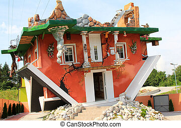 Haus steht Kopf: Flipped House - Haus steht Kopf: Flipped /...