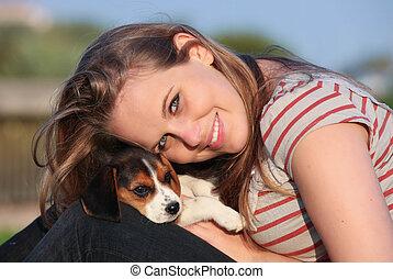 Haustier, m�dchen, junger Hund, hund