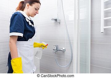 Dusche Putzen dusche mädchen stall knieend putzen blaues kleid bild