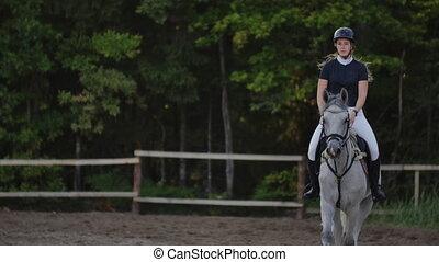 haut., cheval, ralenti, corral., jockey, femme, fin, équitation, horse.
