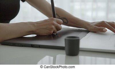 haut., femme, fonctionnement, tablette, portable utilisation, main, femme, graphiques, fin, maison, table