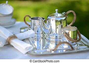 haut thé