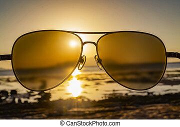 hav, och, sky, genom, solglasögon, hos, solnedgång