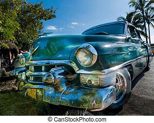 HAVANNA, CUBA - DECEMBER 24:cuba car vintage look,2012 -...