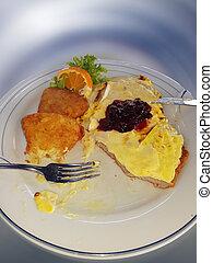 Hawai schnitzel with croquettes