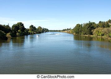 hawkesbury, fiume