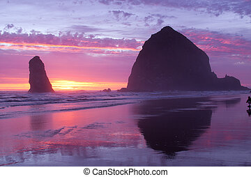 Haystack Rock at Cannon Beach - This is Haystack Rock on the...