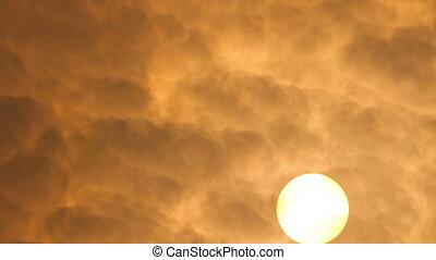 Hazy Sun @ 400mm